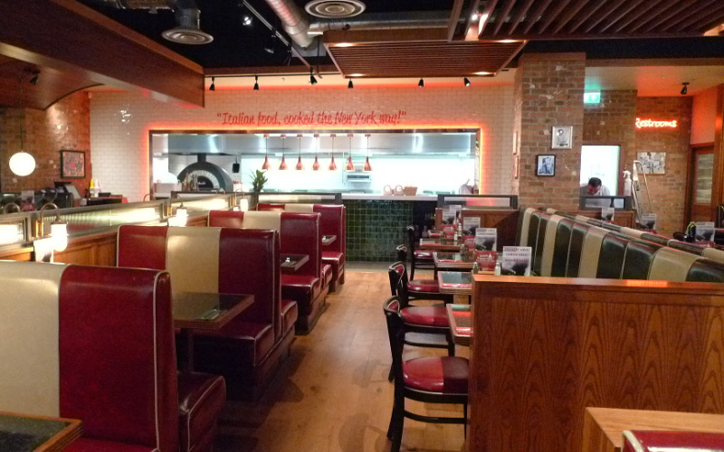 Frankie and Bennys fit out